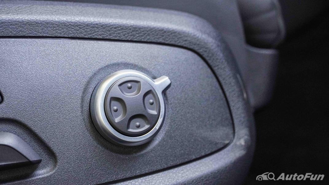 2020 Audi A4 Avant 2.0 45 TFSI Quattro S Line Black Edition Interior 048