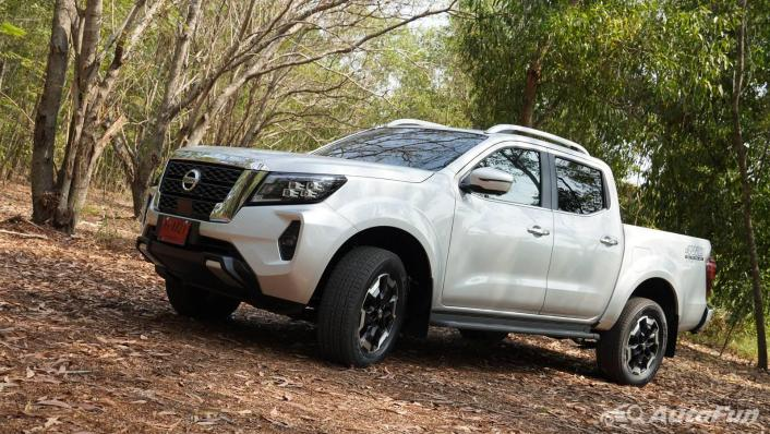 2021 Nissan Navara Double Cab 2.3 4WD VL 7AT Exterior 010