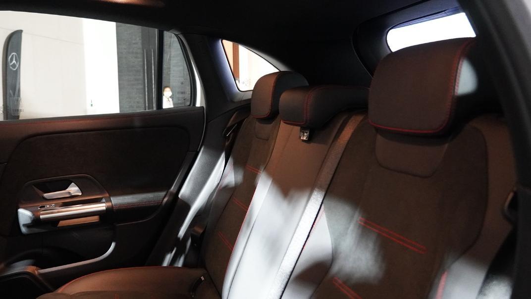 2021 Mercedes-Benz GLA-Class 200 AMG Dynamic Interior 026