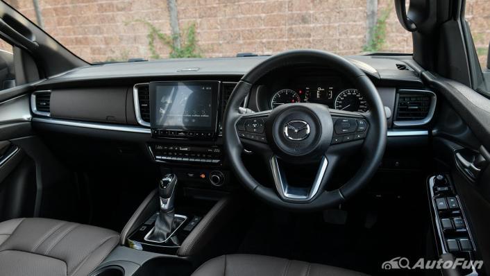 2021 Mazda BT-50 Pro Double Cab 3.0 SP 6AT 4x4 Interior 003