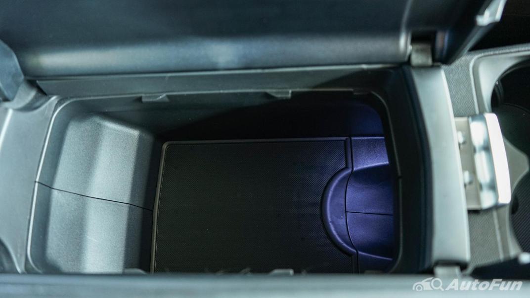 2020 Peugeot 5008 1.6 Allure Interior 028