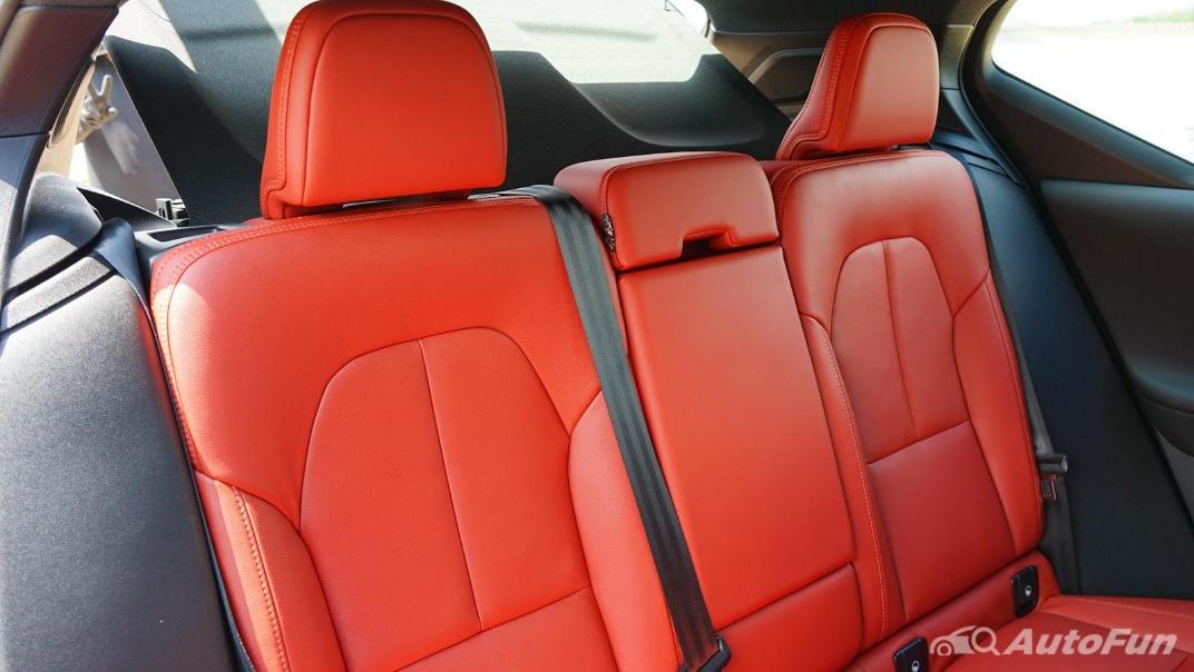 2020 Volvo XC 40 2.0 R-Design Interior 031