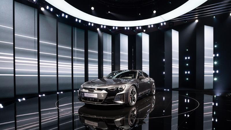 Audi เปิดตัวรถยนต์ไฟฟ้าสปอร์ตรุ่นใหม่ 2022 Audi e-tron GT และ Audi RS e-tron GT เริ่ม 3,621,000 บาท 02