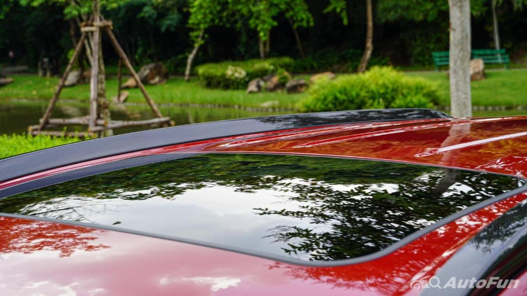 2020 Toyota Corolla Cross 1.8 Hybrid Premium Safety Exterior 028