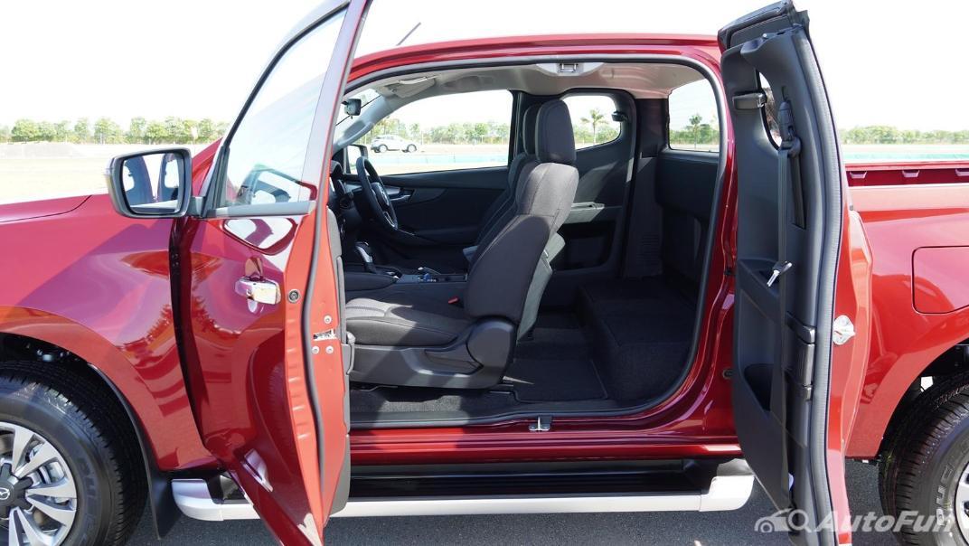 Mazda BT-50 Pro 2021 Interior 022