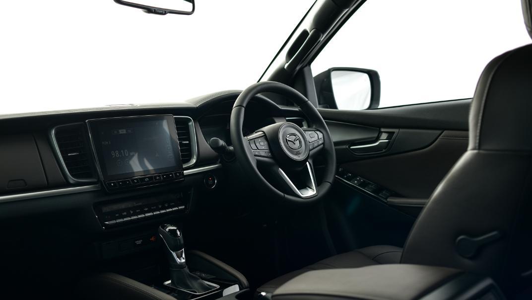 2021 Mazda BT-50 Double cab Upcoming Version Interior 002