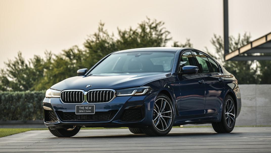 2021 BMW 5 Series Sedan 520d M Sport Exterior 022