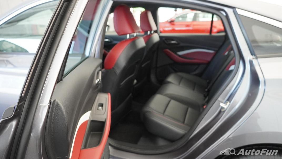 2021 MG 5 Upcoming Version Interior 016