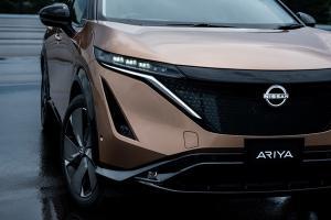 """เขาว่า""""รถสีทองแดง""""จะมาแรงกว่าสีขาว เป็นเพราะอะไร มาฟังนักออกแบบ Nissan Kicks e-POWER กัน"""