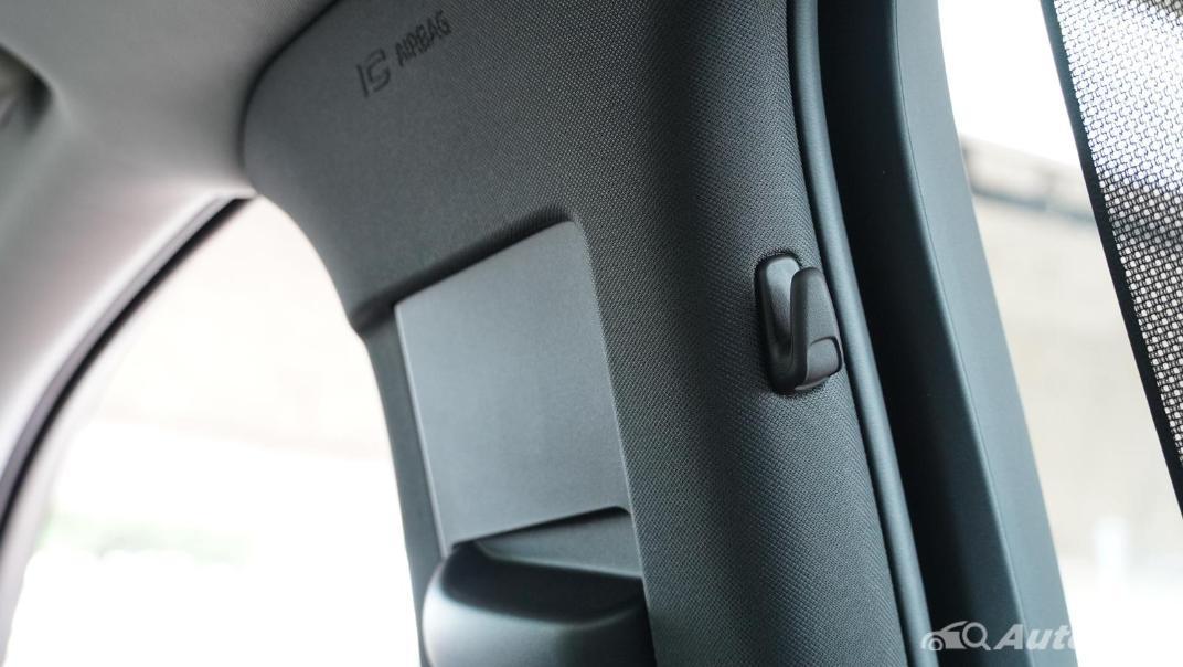 2021 Volvo S90 Recharge Interior 046