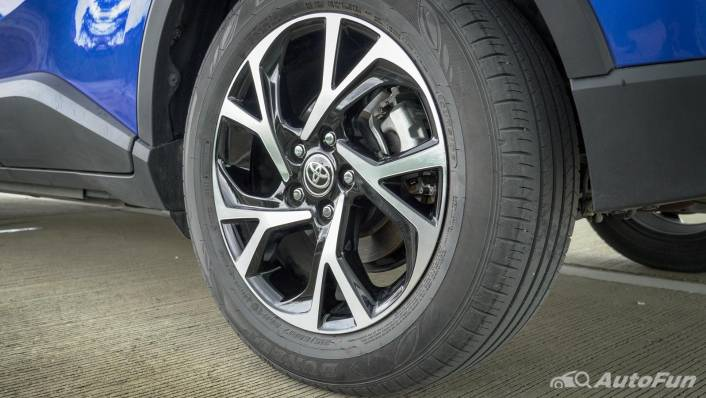 2021 Toyota C-HR Hybrid Premium Safety Exterior 009