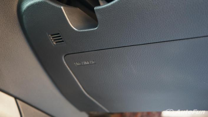 2021 Nissan Navara PRO-4X Interior 010