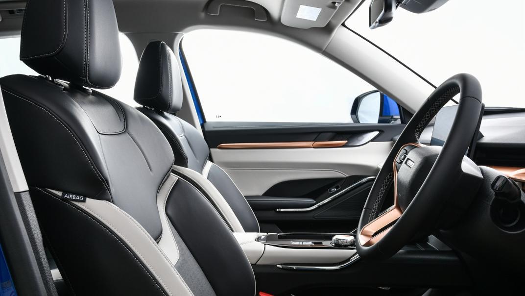 2021 Haval H6 HEV Ultra Interior 039