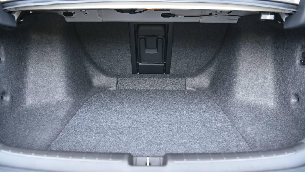 2021 Honda Accord 2.0L e:HEV EL+ Interior 056