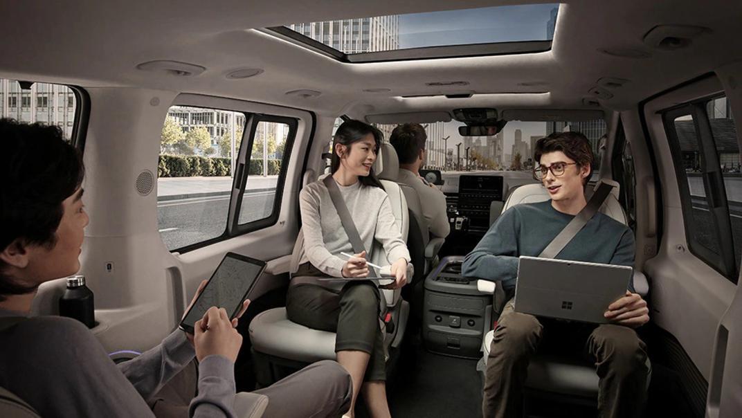 2021 Hyundai Sratia Interior 004