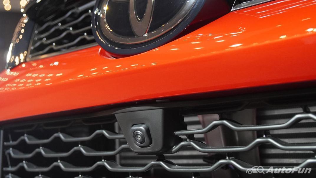 2021 Toyota Fortuner 2.8 GR Sport 4WD Exterior 013