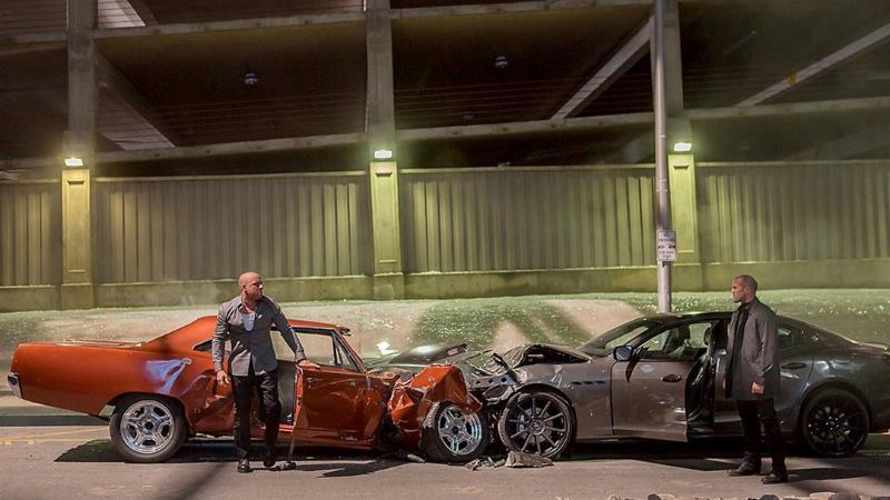 รถซุปเปอร์คาร์ในหนังเขาไปหามาจากไหน ทำไมถึงพังได้เหมือนคันละไม่กี่แสน 02