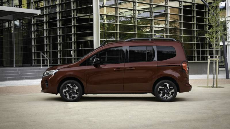 2022 Nissan Townstar โมเดลเชนจ์มินิแวน พื้นฐานเบนซ์ ราคา 7 แสน แต่ไม่ขายไทยเพราะอะไร ? 02