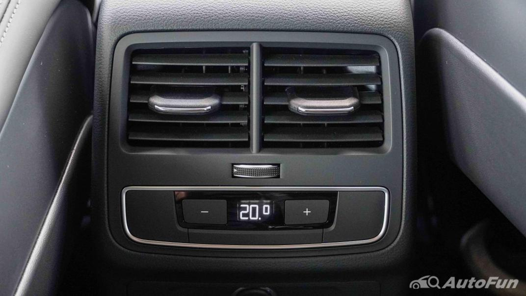 2020 Audi A4 Avant 2.0 45 TFSI Quattro S Line Black Edition Interior 052