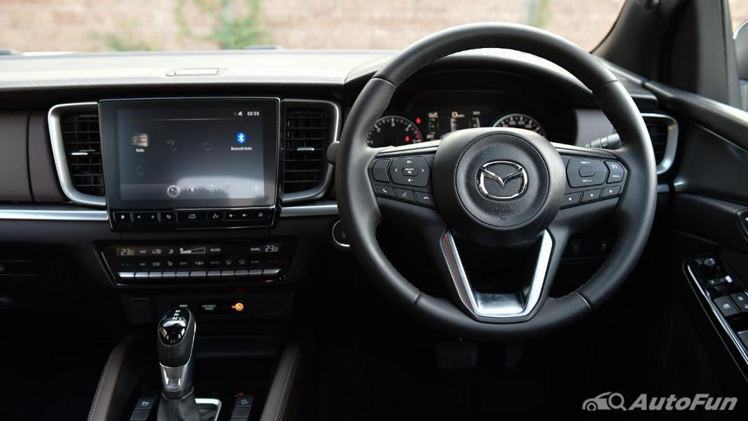 2021 Mazda BT-50 Pro Double Cab 1.9 SP Hi-Racer 6AT Interior 008