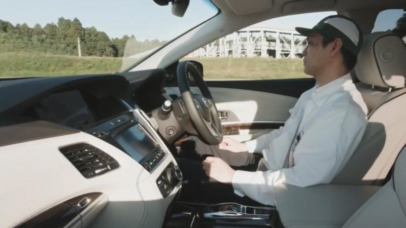 รู้จัก Honda Sensing Elite ระบบความปลอดภัยใหม่สุดล้ำ ผู้ขับขี่ไม่ต้องจับพวงมาลัย! 02