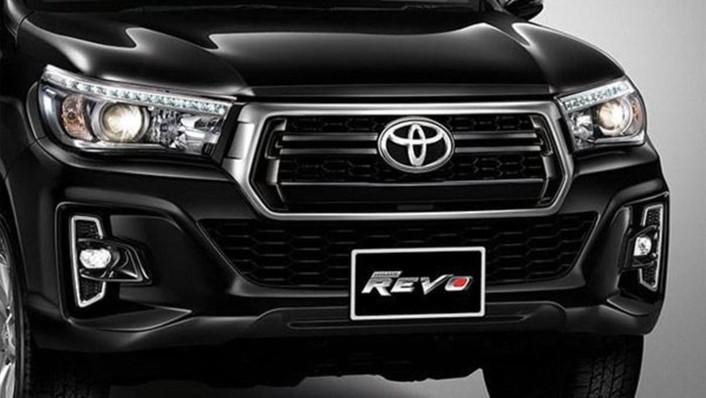 Toyota Hilux Revo Smart Cab 2020 Exterior 004