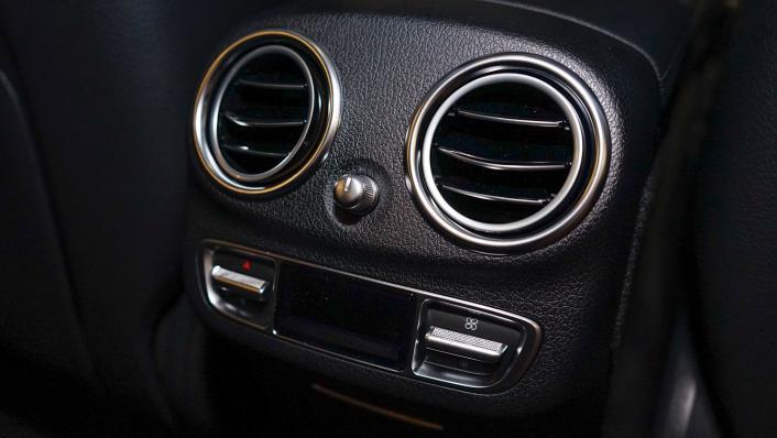2021 Mercedes-Benz E-Class Saloon E 300 e AMG Dynamic Interior 003