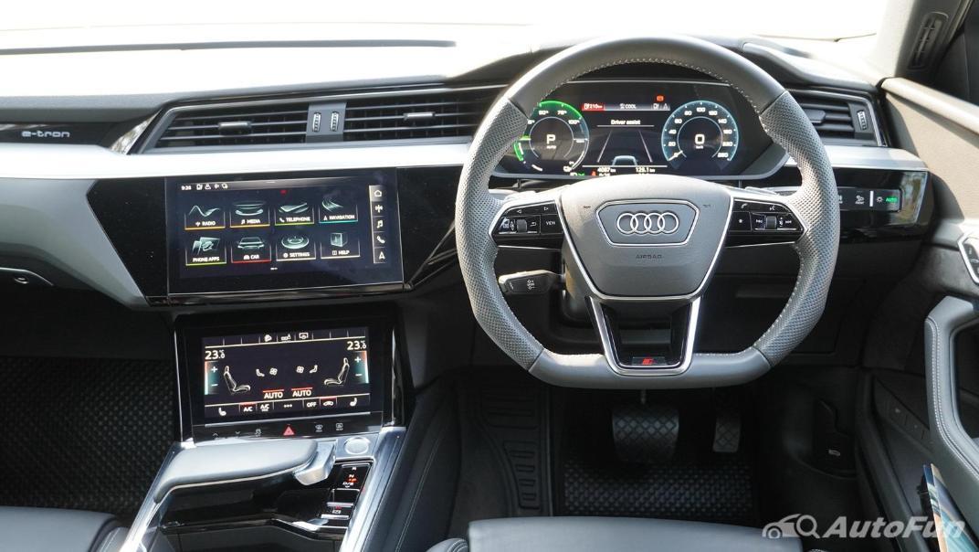 2020 Audi E Tron Sportback 55 quattro S line Interior 005