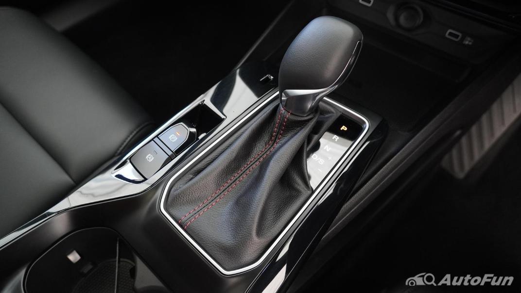 2021 MG 5 Upcoming Version Interior 010