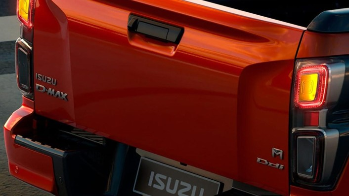 Isuzu D-Max 2-Door Public 2020 Exterior 004