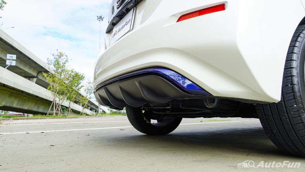 2020 Nissan Leaf Electric Exterior 028
