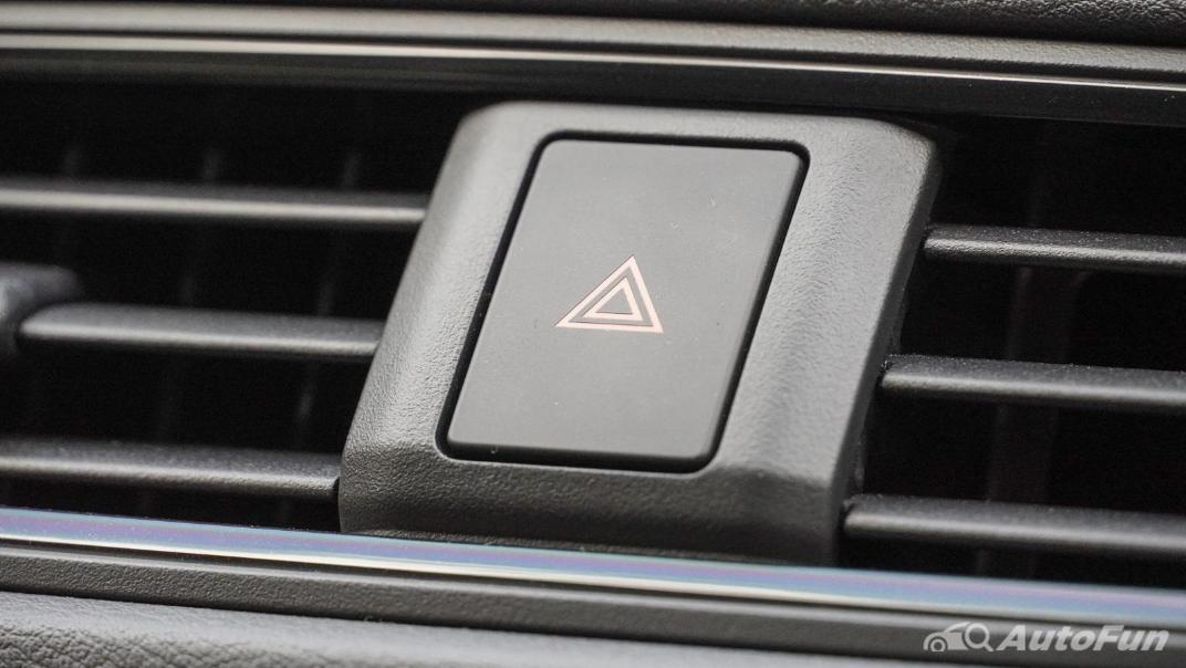 2020 Nissan Leaf Electric Interior 028