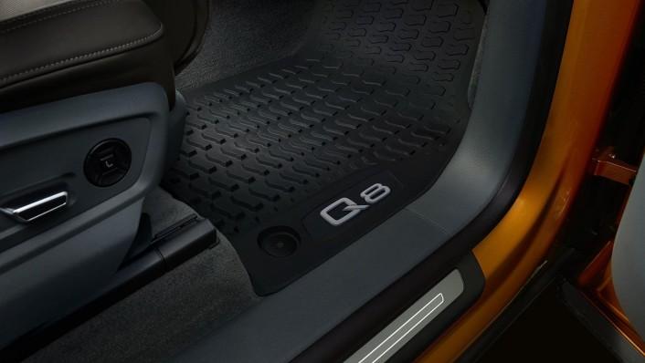 Audi Q8 2020 Interior 006
