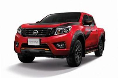 2020 Nissan Navara Double Cab 2.5 Calibre E 6MT Black Edition