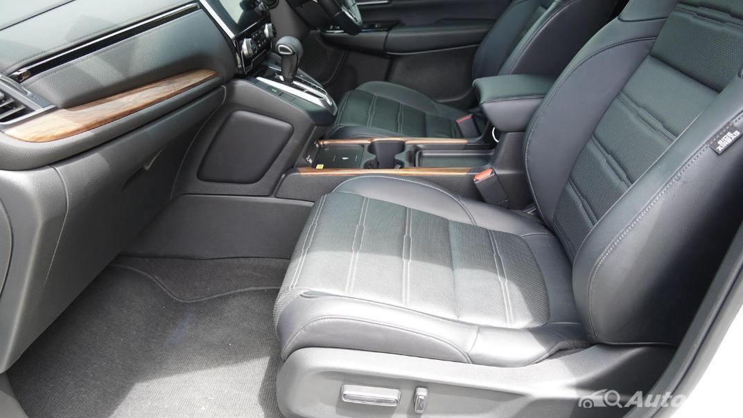 2020 Honda CR-V 2.4 ES 4WD Interior 028