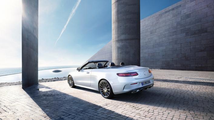 2021 Mercedes-Benz E-Class Cabriolet E 200 AMG Dynamic Exterior 003