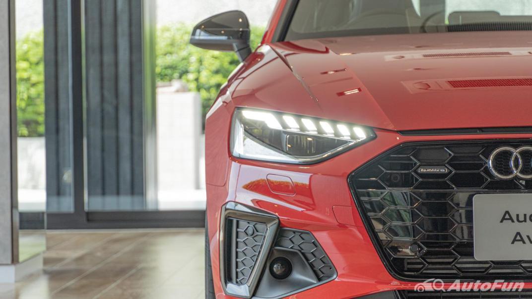 2020 Audi A4 Avant 2.0 45 TFSI Quattro S Line Black Edition Exterior 123