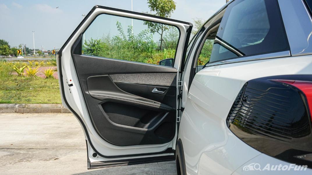 2020 Peugeot 5008 1.6 Allure Interior 015