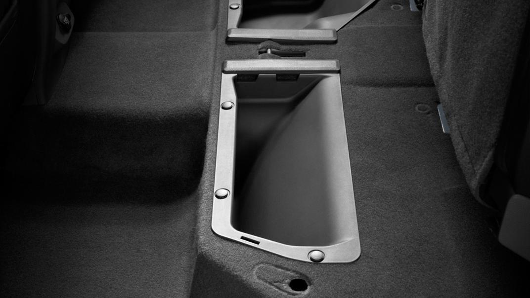 Mazda BT-50 Pro 2020 Interior 010
