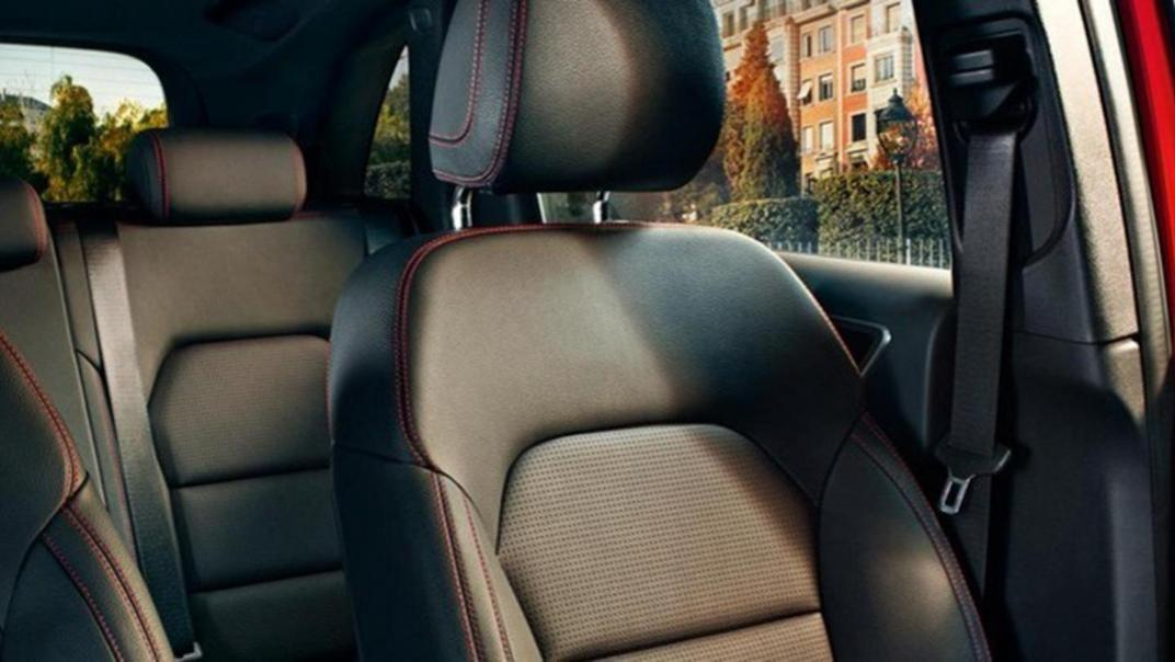 Mercedes-Benz B-Class 2020 Interior 006