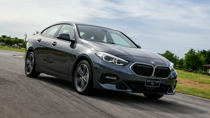 2021 BMW 2 Series Gran Coupe 220i Sport Exterior 010