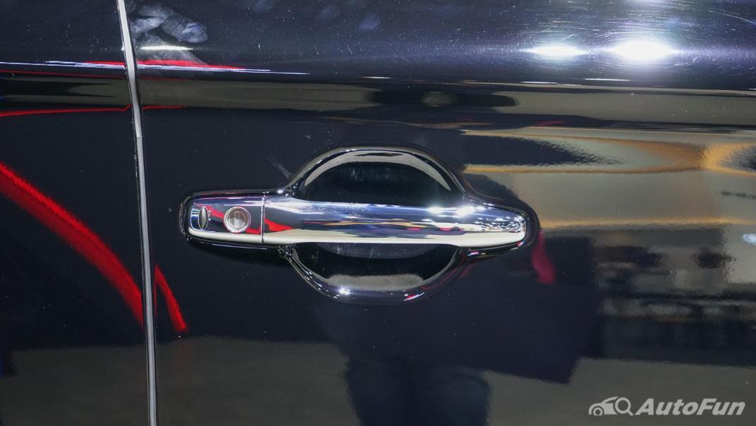 2021 Mitsubishi Outlander PHEV GT Exterior 021