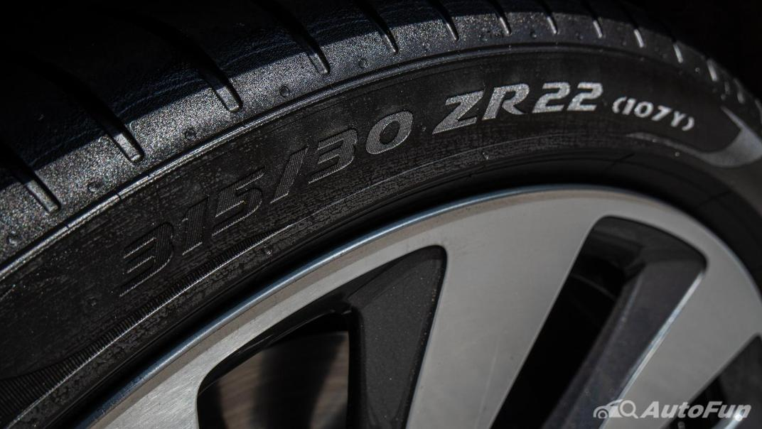 2020 Bentley Flying Spur 6.0L W12 Exterior 034