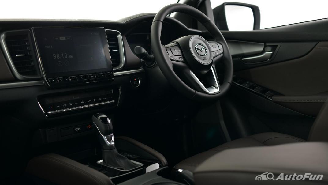 Mazda BT-50 Pro 2021 Interior 053