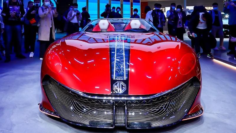 ชมภาพจริง MG Cyberster รถไฟฟ้าสุดล้ำ พร้อมร่วมลงทุนในงาน Shanghai Autoshow 2021 02
