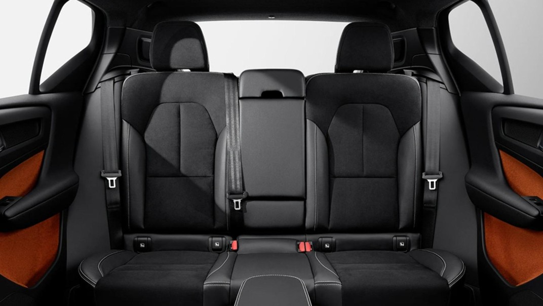 Volvo XC 40 2020 Interior 018