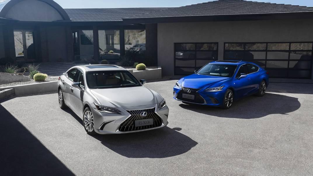 2021 Lexus ES 300h Premium Exterior 011