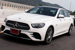 1st Impression 2021 Mercedes-Benz E300 e AMG Dynamic เพิ่มของเล่นท้าชน 5-Series และ A6