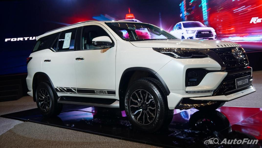 2021 Toyota Fortuner Exterior 003