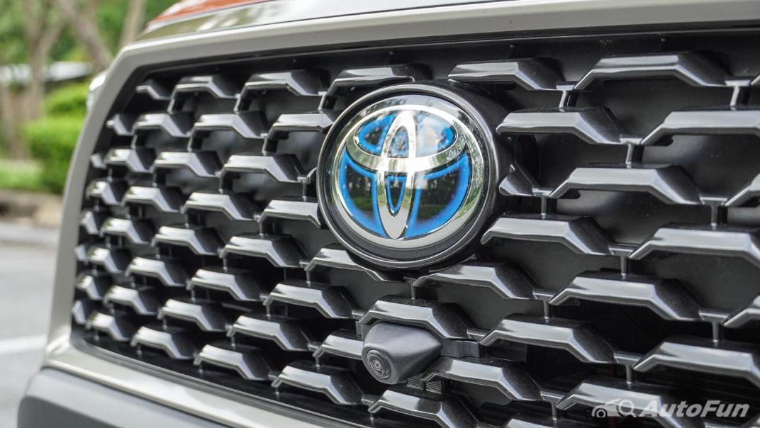 2020 Toyota Corolla Cross 1.8 Hybrid Premium Safety Exterior 014